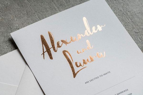 การ์ดแต่งงานเรียบหรู ธีมสีสุดฮิต ดูสวยแพง, แบบการ์ดแต่งงานเรียบๆ แบบการ์ดแต่งงานหรูๆ แบบการ์ดแต่งงานสวยหรูดูแพง แบบการ์ดแต่งงานหรูหรา แบบการ์ดแต่งงานเก๋ๆ การ์ดงานแต่งเก๋ๆ แบบพิมพ์การ์ดแต่งงานสวยๆ แบบการ์ดแต่งงานมินิมอล ราคาถูก แบบการ์ดแต่งงานขนาด 5x7 4x6 4x9 การ์ดแต่งงานสีแดง การ์ดเชิญงานแต่ง สีน้ำเงิน สีชมพู สีเขียวขาว สีเทา การ์ดแต่งงานสีทอง สีเงิน สีโรสโกลด์ สีพิงค์โกลด์ ออกแบบการ์ดแต่งงาน ฟรี แบบที่ 25 ปั๊มฟอยล์สีทองแดง copper